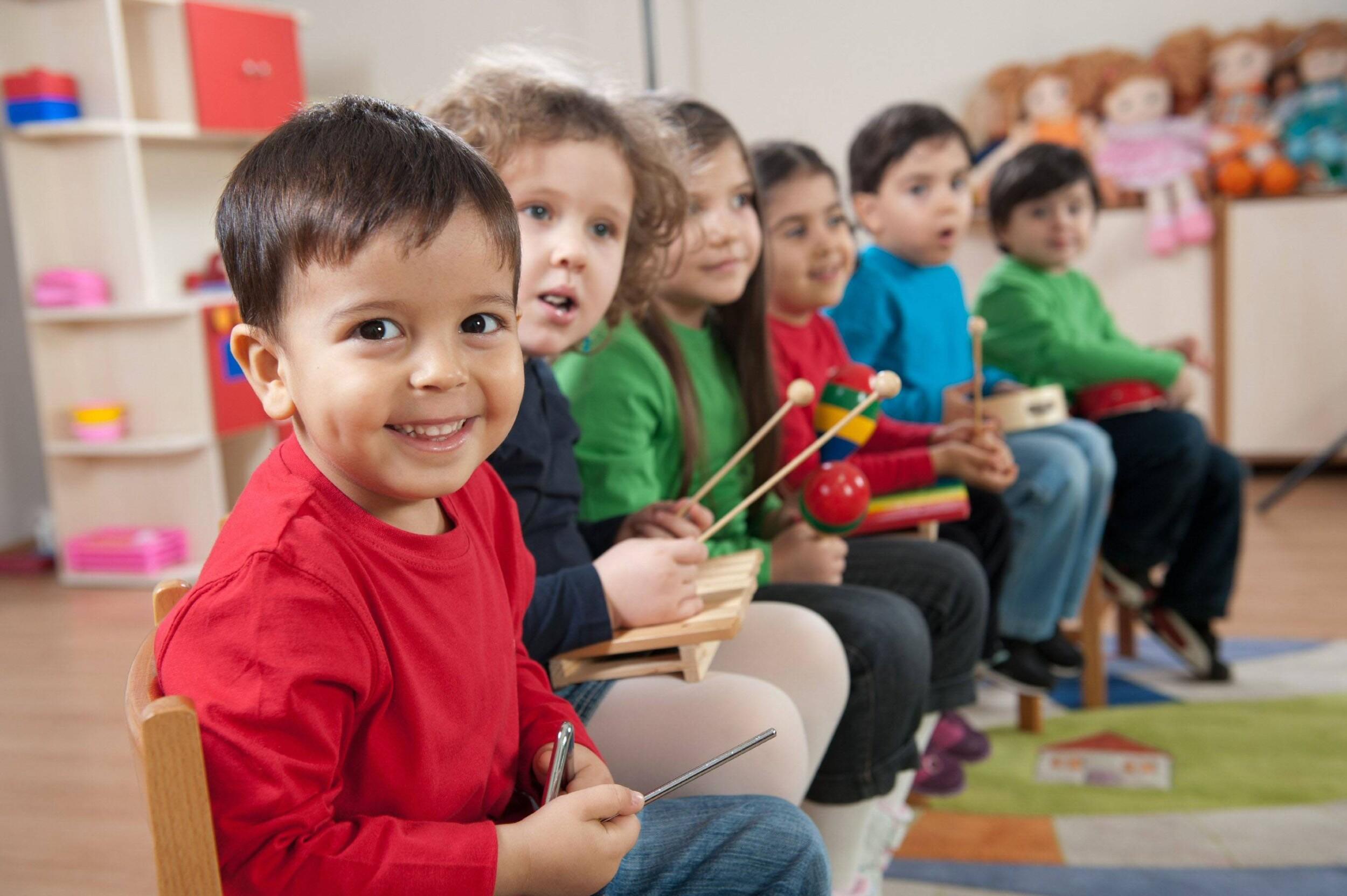 Підтримка дитячих будинків